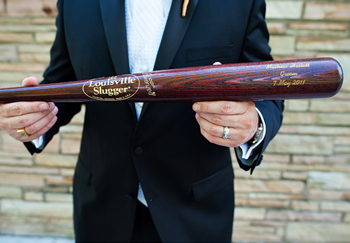 Stwtack A Louisville Slugger For Your Groom