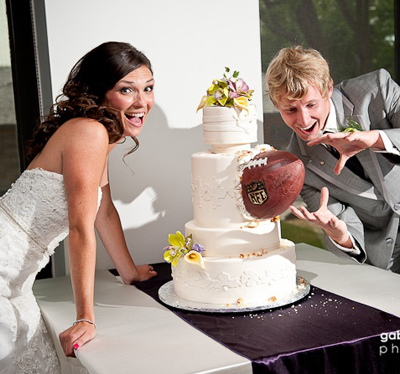 Sports Themed Weddings Football Themed Wedding Cake Ideas